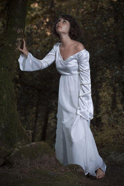 Robe spirituelle blanche1